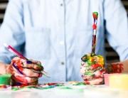 Main-Peinture